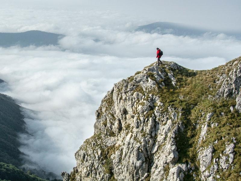 Những cách xử lý nhanh hữu ích khi bị lạc trên núi
