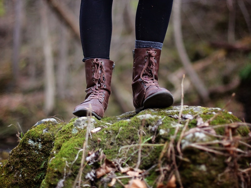 Những điểm lưu ý khi lựa chọn giày leo núi cho nữ