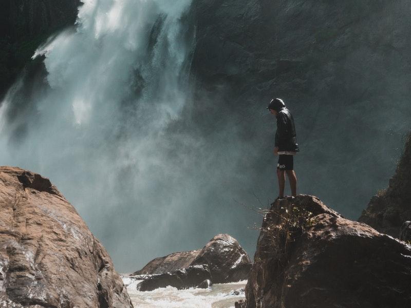 Mách bạn kinh nghiệm leo núi ban ngày mùa nắng nóng