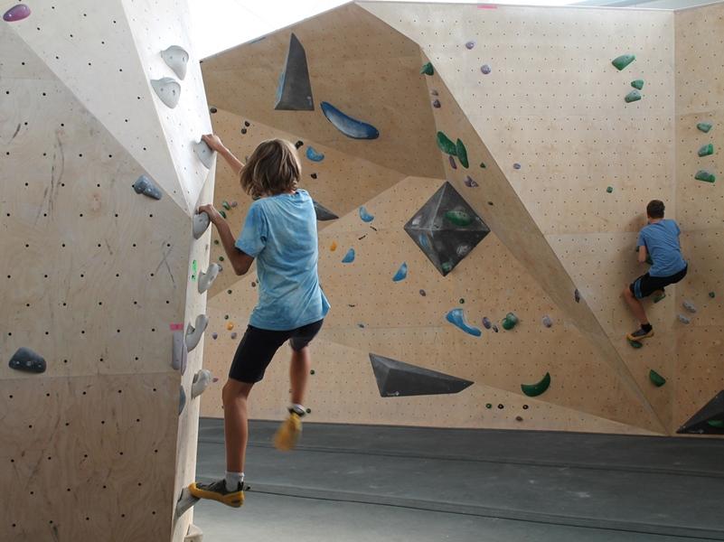 Lời khuyên cho người mới leo núi nhân tạo lần đầu