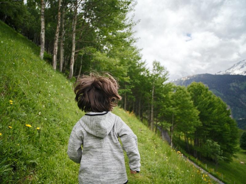 leo núi của trẻ em