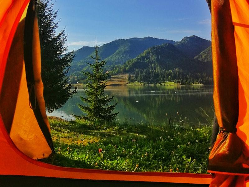 Mách bạn cách để lựa chọn lều cắm trại ưng ý