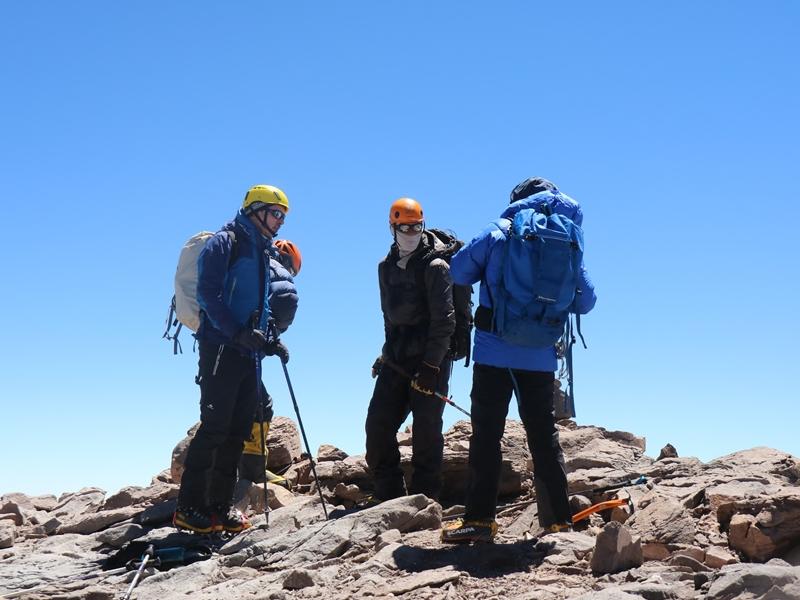Tại sao mũ bảo hiểm leo núi lại cần thiết cho bạn?