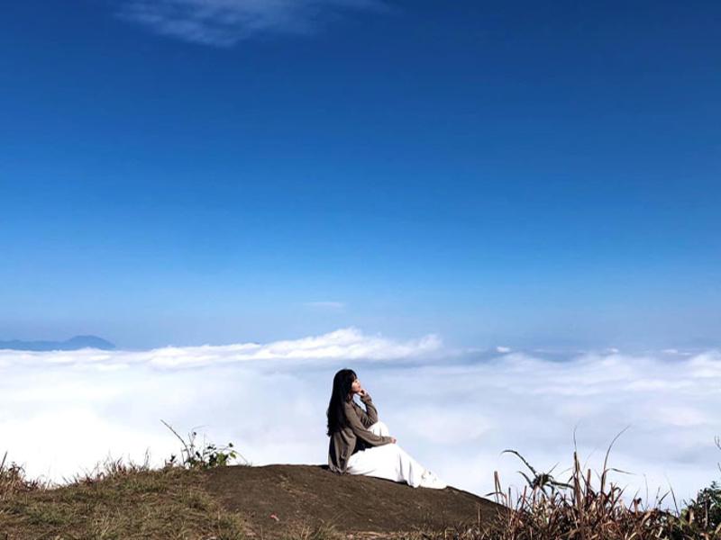 So sánh tour du lịch y tý săn mây